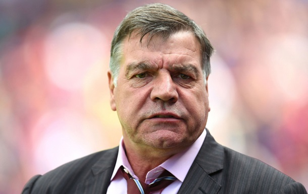 Главный тренер сборной Англии уволен из-за коррупционного скандала