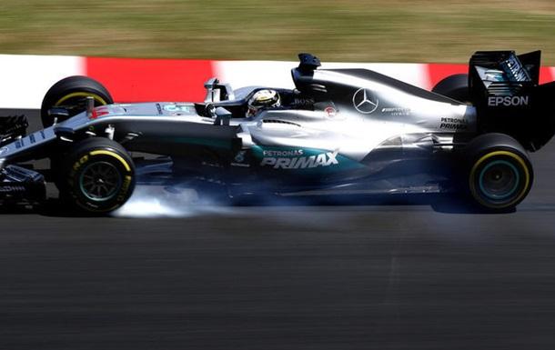 Формула-1. Гран-при Малайзии. Хэмилтон — быстрейший в третьей тренировке