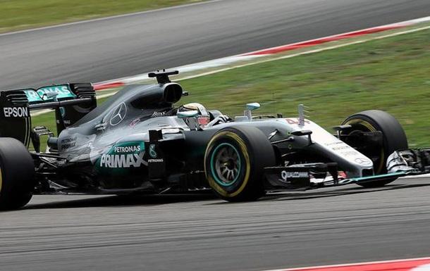 Формула-1. Гран-прі Малайзії. Гемільтон - на поулі траси у Сепангу