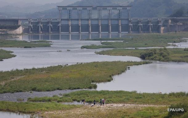 Южная Корея призвала жителей КНДР бежать к себе