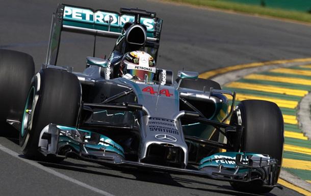 Формула-1. Хэмилтон сходит с дистанции в Малайзии