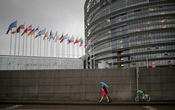 Європарламент закликав Путіна звільнити Сущенка