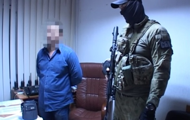 На взятке задержали двух полицейских начальников в Днепре