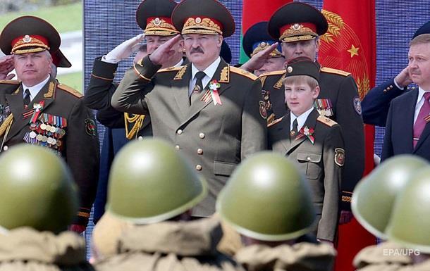 Лукашенко: В Украину на танках не поедем