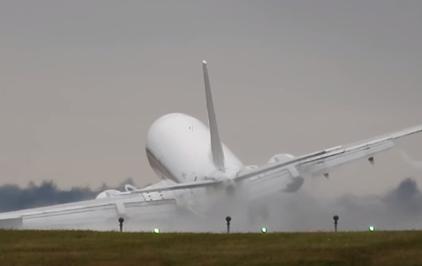 В Праге едва не разбился испанский самолет