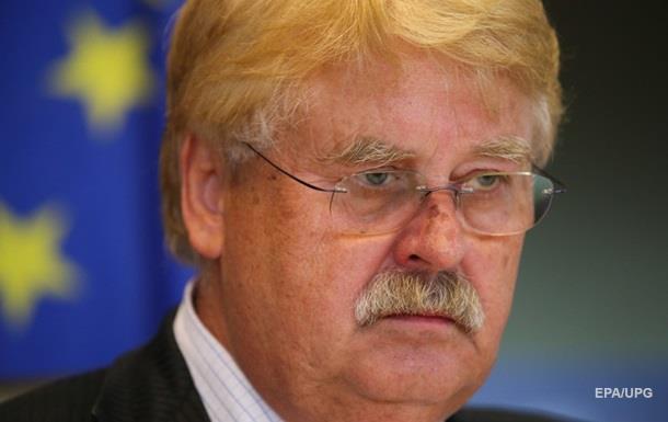 В ЕС хотят продлить санкции против РФ сразу на год