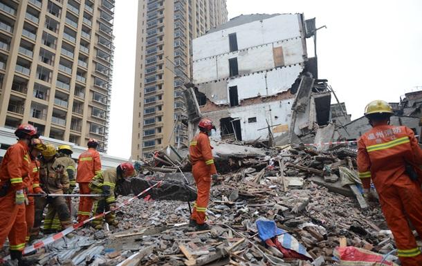 В Китае развалились четыре многоэтажки: десятки погибших