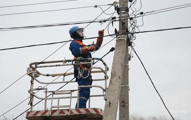 В Україні без світла залишилися майже 300 сіл