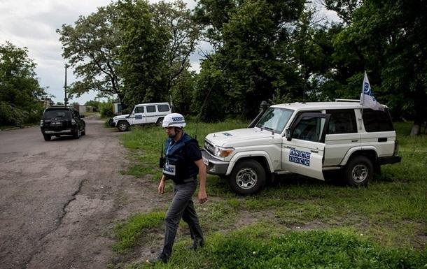 На Донбасі військова машина переїхала жінку - ОБСЕ
