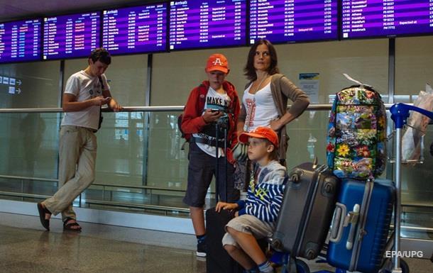 В аеропортах хочуть  скасувати  російську мову