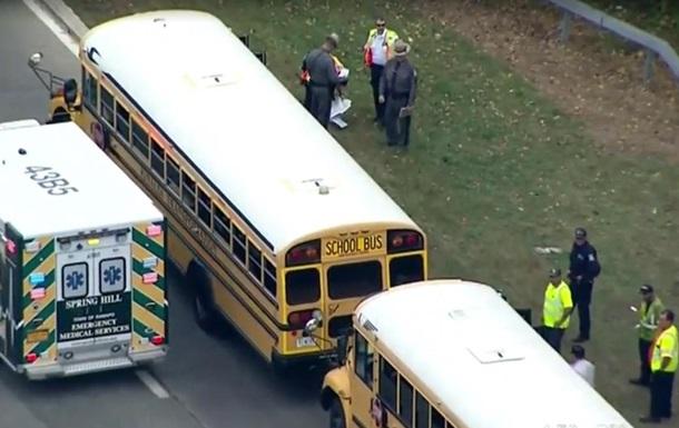 Возле Нью-Йорка столкнулись школьные автобусы: 60 пострадавших