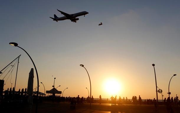 В Будапеште аварийно приземлился самолет с футболистами Фенербахче