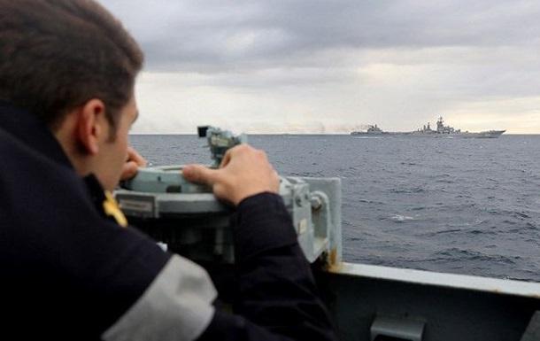 Британский боевой флот вышел навстречу кораблям РФ