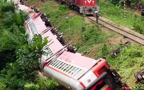У Камеруні збільшилась кількість загиблих через аварію поїзда
