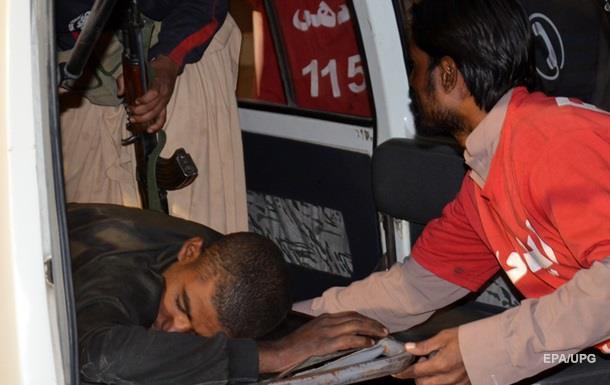 Напад на пакистанський коледж - 59 загиблих