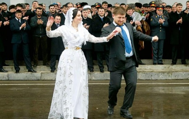 Власти Чечни будут следить за соблюдением традиций на свадьбах