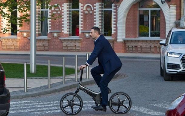 Кличко задекларував сім велосипедів