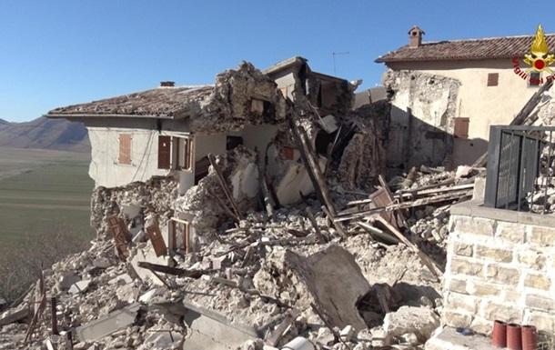 Землетрясение в Италии не утихает