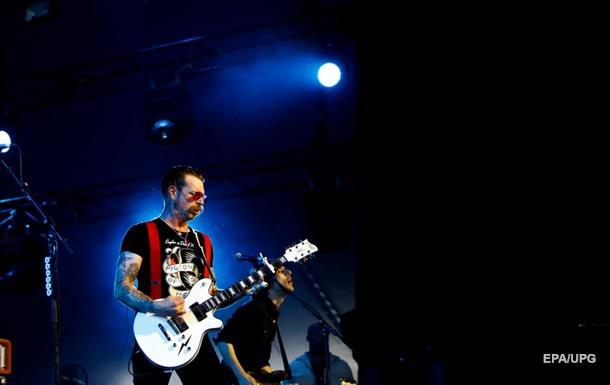 HBO снимет фильм об Eagles of Death Metal после парижских терактов
