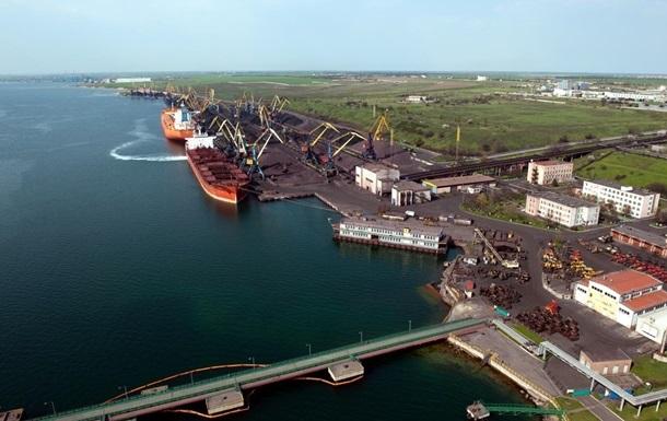 АМКУ скасував тендер щодо днопоглиблення в порту Південний