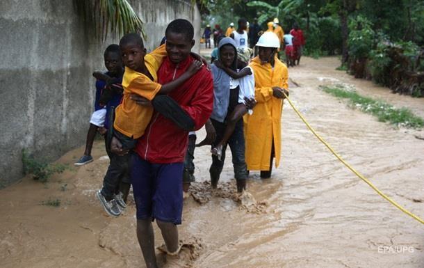 Десять человек погибли в результате наводнения на Гаити