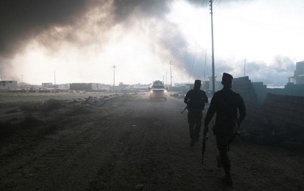 Боевики ИГИЛ подожгли нефтескважины возле Мосула