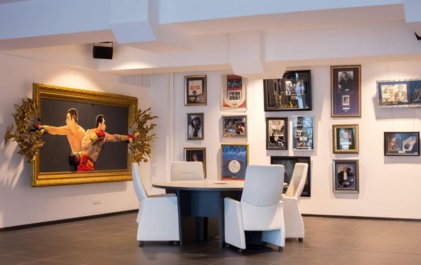 В НСК «Олімпійський» відкрився суспільний простір Klitschko Expo