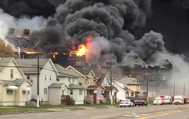 В США загорелся сталелитейный завод
