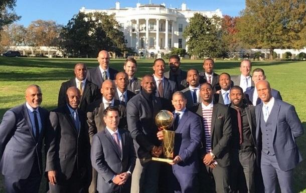 НБА. Манекен-челендж от Кавс и Мишель Обамы