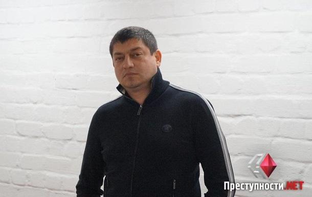 Директора Миколаївського облавтодору відпустили з браслетом