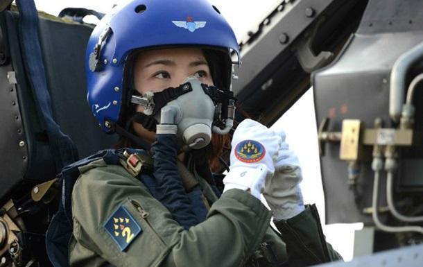 В Китае погибла первая женщина-пилот истребителя J10