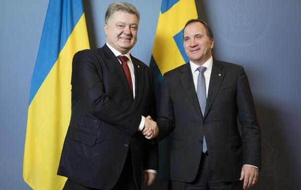 Порошенко предложил продлить санкции против РФ сразу на год