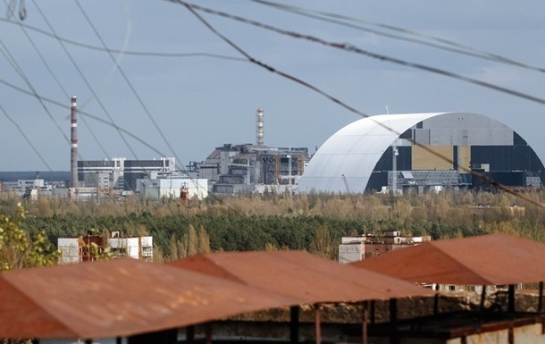На Чорнобильській АЕС почали настилати Арку