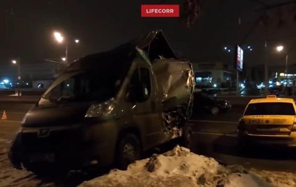 Українець на фурі протаранив шість машин у Москві