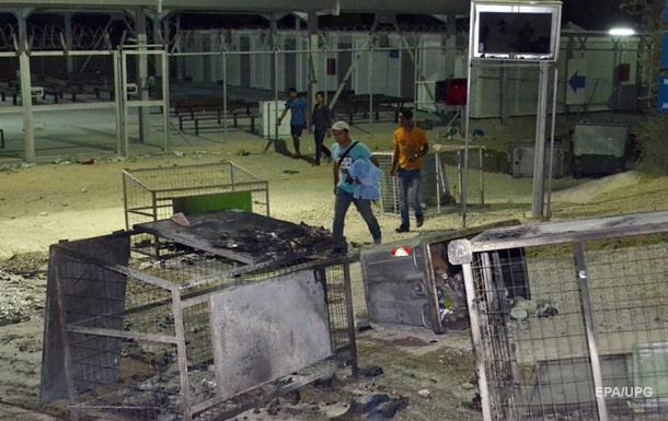 В Стамбуле беженцы разгромили центр для мигрантов