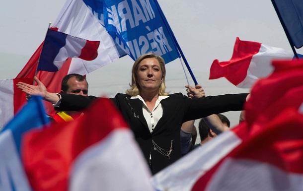 Фанат Путіна і Трампа. Ле Пен лідирує у Франції