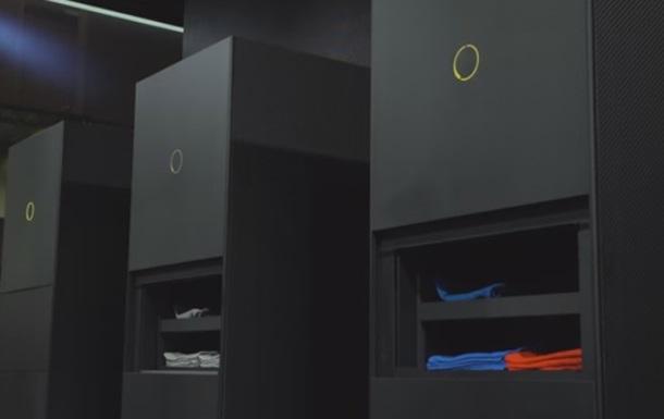 Panasonic починає продаж машини зі складання одягу