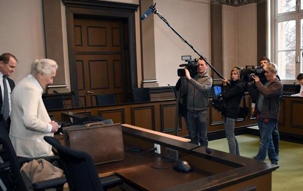 Німецьку пенсіонерку-неонацистку знову засудили за заперечення Голокосту