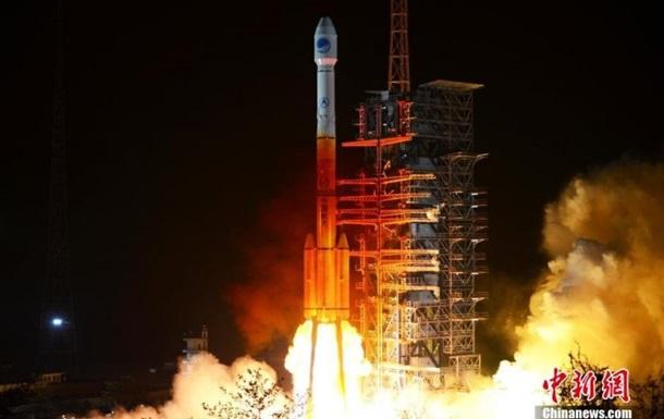 Китай успешно запустил ретрансляционный спутник