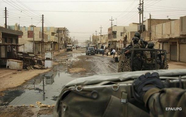 Взрыв грузовика в Ираке, 80 человек погибли