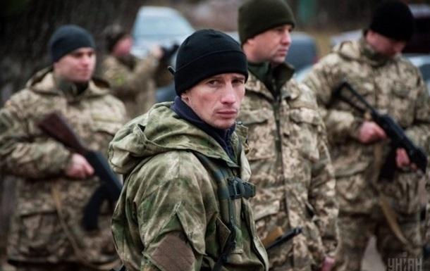 Зарплати українських військових зростуть