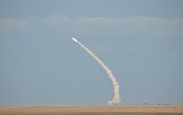 Ракетные учения Украины возле Крыма фото