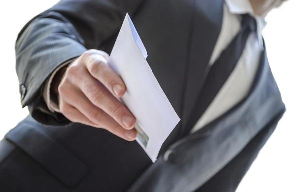 Служба зайнятості та профспілки презентували ТОП 5 причин працювати легально, або чим загрожує «зарплата в конвертах»