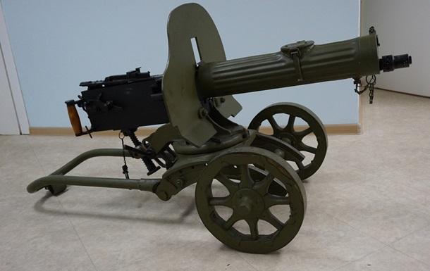 Минобороны разрешило использовать пулемет Максима в АТО