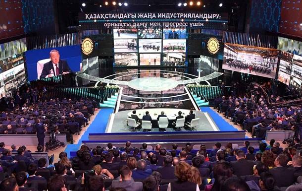Назарбаєв заявив, що Росія вивезла з Казахстану всі багатства