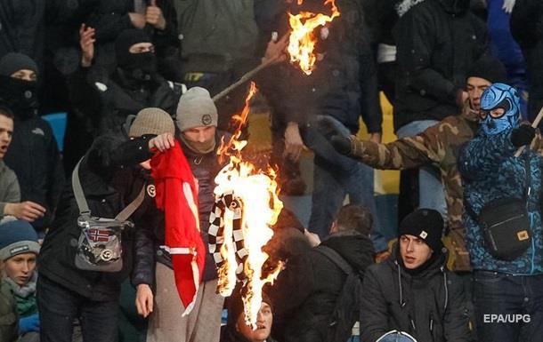 В Киеве во время драк фанатов пострадали десять иностранцев