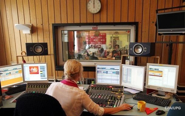 Крупнейшие радиостанции выполняют квоты на песни – Кириленко