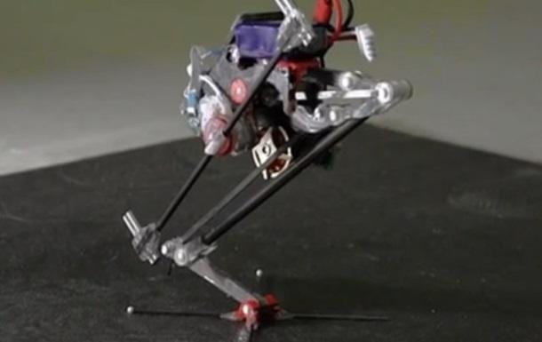 У США створили робота-паркурщика
