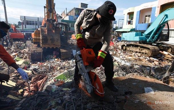 Кількість жертв землетрусу в Індонезії перевищила сотню