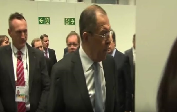 Лавров сказав журналісту  дебіл  на зустрічі ОБСЄ